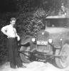 Alfred Frank mit renoviertem LKW um 1949