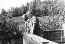 Ulrich Frank und Ehefrau vor Lousberg vom Talbothof aus 1950